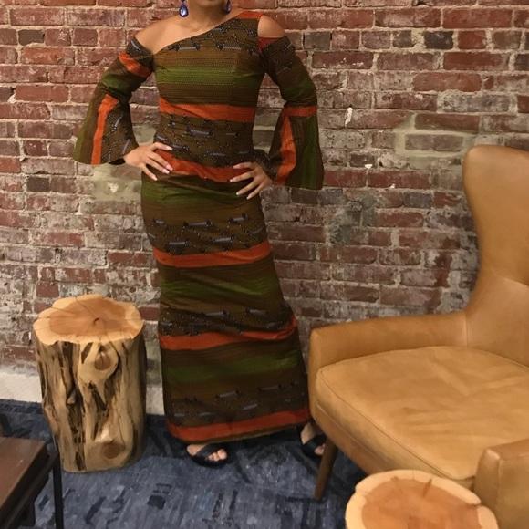 Dresses & Skirts - COTTON AFRICAN DRESS